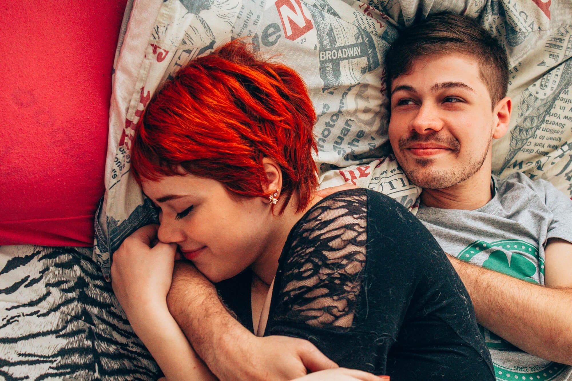 sessao de fotos casal em casa