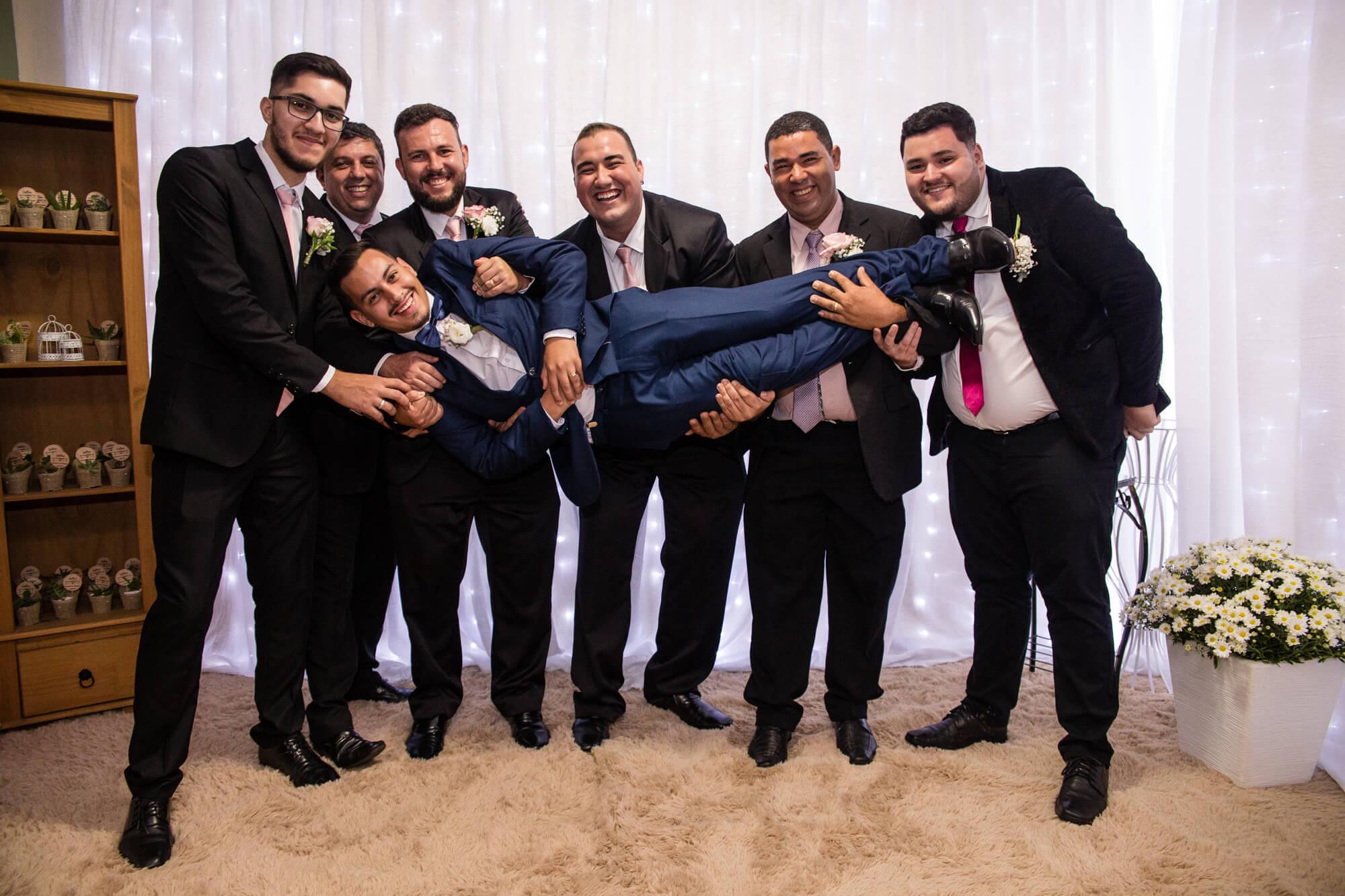 Padrinhos com os noivos