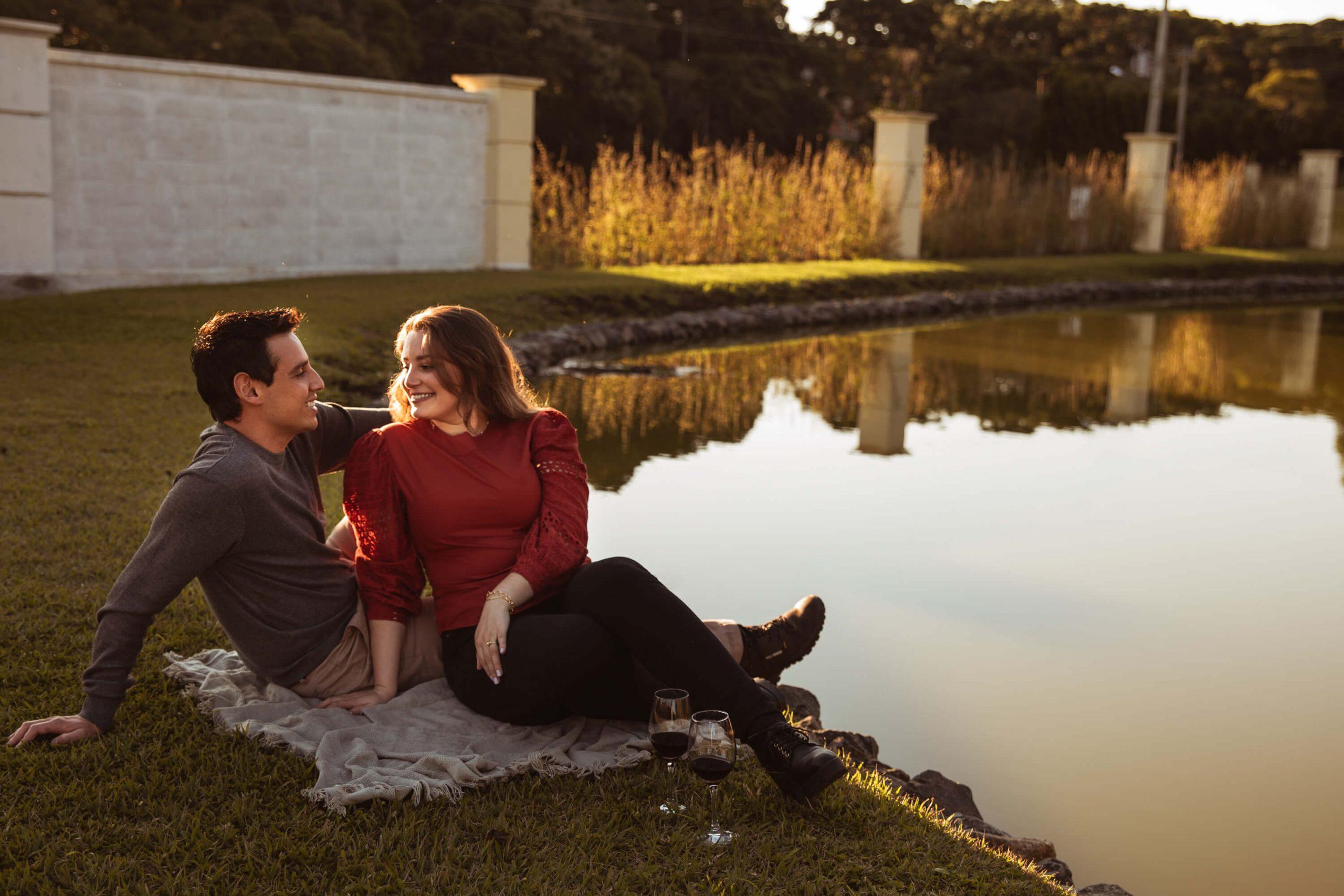 Ensaio casal lago em Campo Alegre