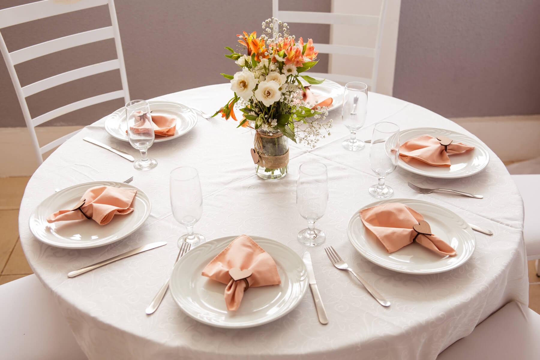 decoracao mesa casamento em casa